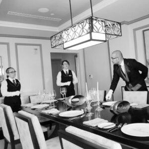 MK Butler in Service - Fine Dining Butler